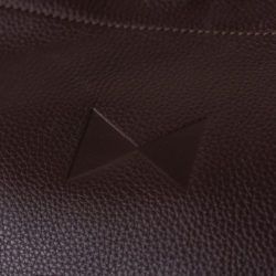 detail_sac_brun_josepha_en_famille_logo_exterieur
